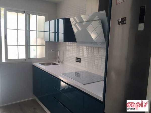 Cocina azul Capi's