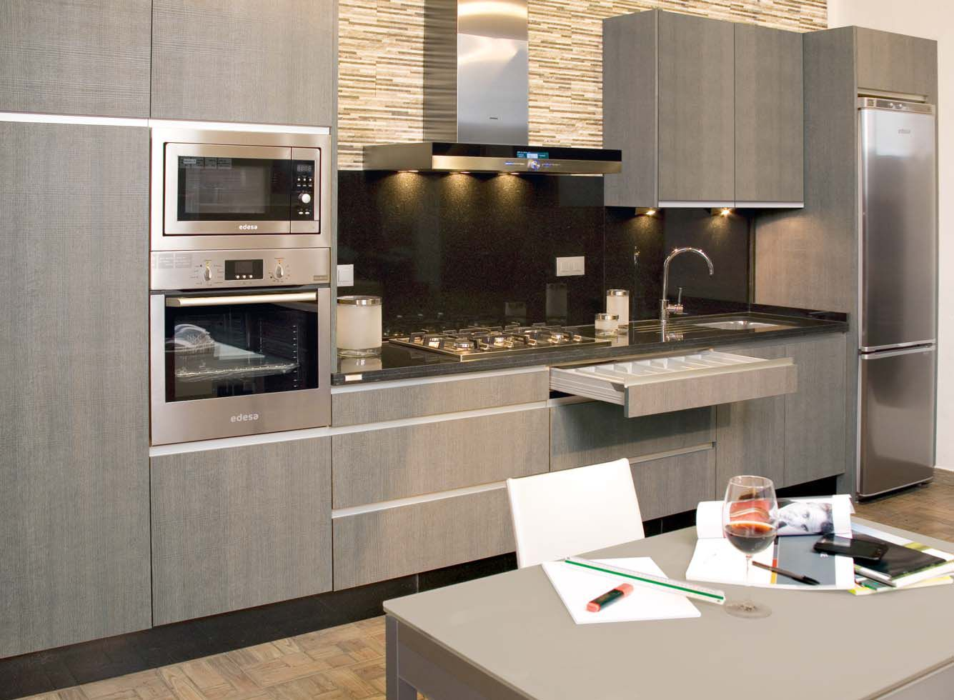 Cocina 76 cocinas capis dise o y fabricaci n de cocinas for Configurador de cocinas