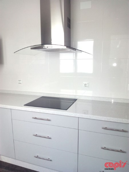 Cocina en color gris perla cocinas capi 39 s cocinas capis dise o y fabricaci n de cocinas en huelva - Cocinas blancas lacadas ...