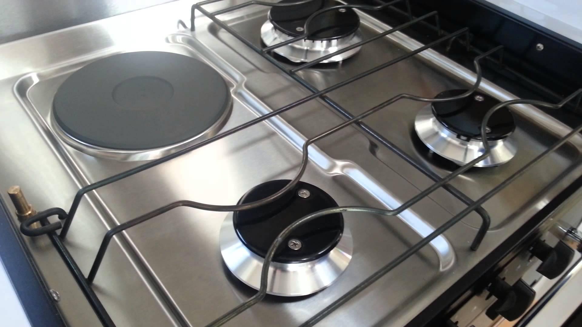 Tipos de placas de cocina cocinas capis dise o y for Placas de vitroceramica