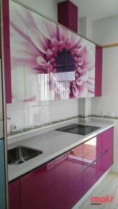 cocina fucsia flor capis2