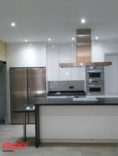 Dise o de cocina en marengo y blanco cocinas capi 39 scocinas capis dise o y fabricaci n de - Cocinas capi ...