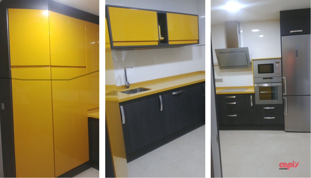 Mostaza y gris ceniza qui n dijo que las cocinas no - Cocinas amarillas ...