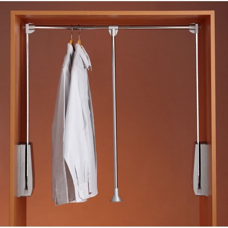 4 ideas para un armario funcional cocinas capis dise o for Barra para armario sin agujeros