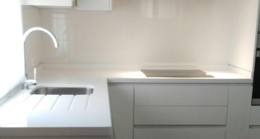 Cocina blanco zeus cocinas capis dise o y fabricaci n - Configurador de cocinas ...