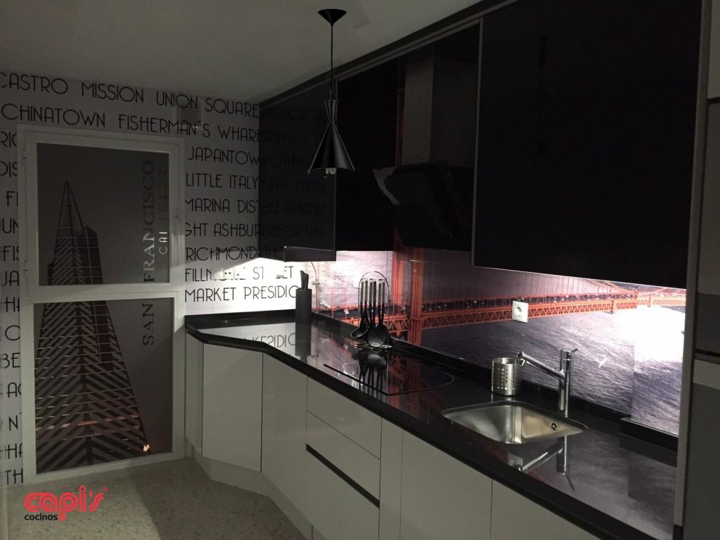 Placa de inducci n el blanco perfecto para tu cocina - Cocina blanca y fucsia ...