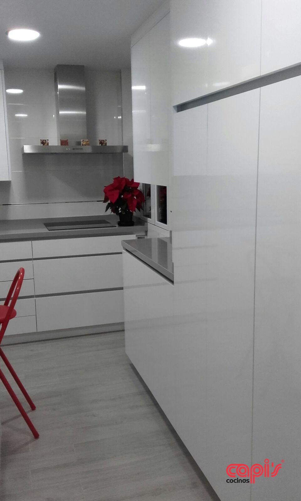 Cocina Tonos Blanco Y Gris Cocinas Capis Diseno Y Fabricacion De