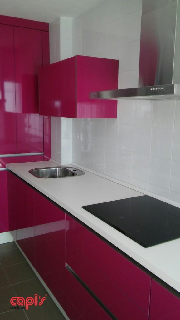 Cocina la vida en rosa cocinas capis dise o y fabricaci n de cocinas en huelvacocinas capis - Cocinas rosa fucsia ...