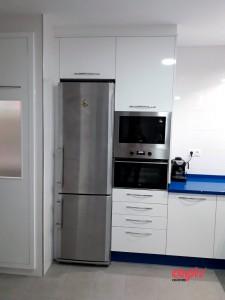 cocina encimera azul capis 1